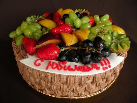 Торты для мужчин с фруктами
